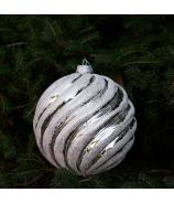 Sklenená závesná vianočná guľa glitrovaná špirála strieborná malá 10cm