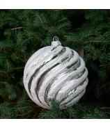 Sklenená závesná vianočná guľa glitrovaná špirála strieborná veľká 12cm