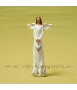 Anjel šaty obrastené srdciami držiaci visiace srdce bielo-okrový 18cm