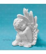 Anjelik Odpočívajúci v sede na ružiach 23cm