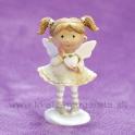 Dievčatko Anjelik srdiečko v jednej ruke krémový 9cm