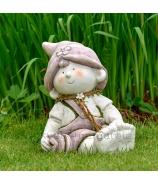 Bosý chlapček v tráve záhradná keramika 28cm