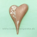 Pietne srdce s reliéfom ruže Karamelové 11cm