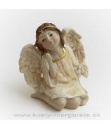 Anjel kľačiaci