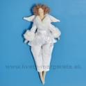 Anjelik bábika Dolly v bielom kožúšku s nohavicami - 50%