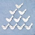 Drevené závesné vtáčiky biele 8x5 cm