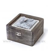 Drevená krabička s vankúšikom a mackom hnedo sivá