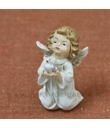 Anjelik s holubičkou kľačiaci v šatôčkách 9cm