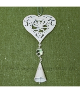 Závesné plechové srdce s cherubínmi a guličkou biele 18cm