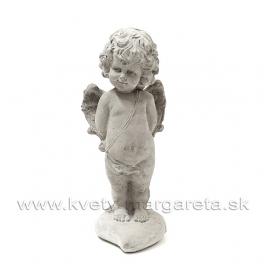 Anjelik Amor stojaci na srdci sivá kamenina 25cm
