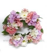 Venček Hortenzie a Ranunculusy, bielo-rúžovo-fialový 24cm