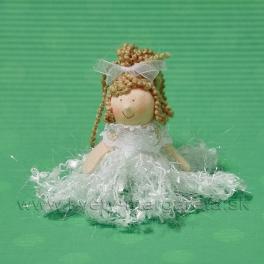 Závesné dievčatko v strapčekových šatách biela 10cm