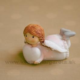 Copaté dievčatko anjelik ležiace so srdcom rúžové 5 cm